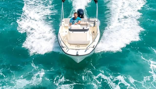 Quicksilver-505-Open-boat-rent-Split-Trogir-Tamaris-Charter-2.jpg