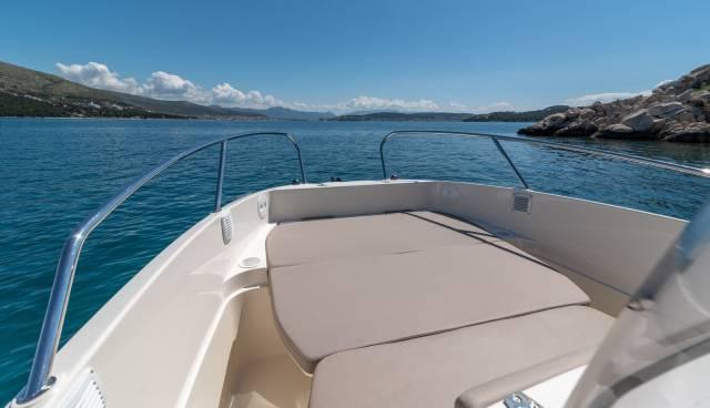 Quicksilver-605-Activ-Open-boat-rent-Split-Trogir-Tamaris-Charter1.jpg