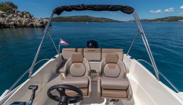 Quicksilver-605-Activ-Open-boat-rent-Split-Trogir-Tamaris-Charter2.jpg