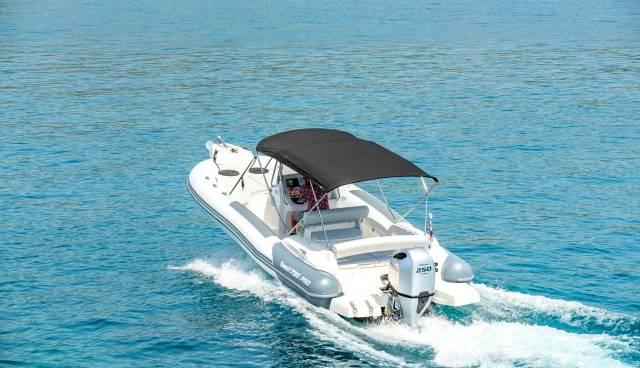 Rent-a-boat-in-Trogir-Marlin-790-Tamaris-Charter-1.jpg