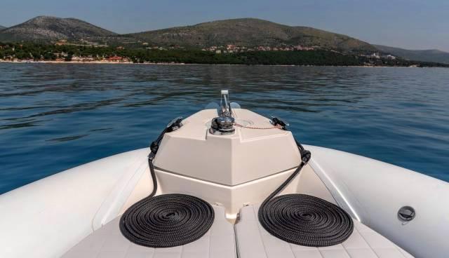 Rent-a-boat-in-Trogir-Marlin-790-Tamaris-Charter-11.jpg