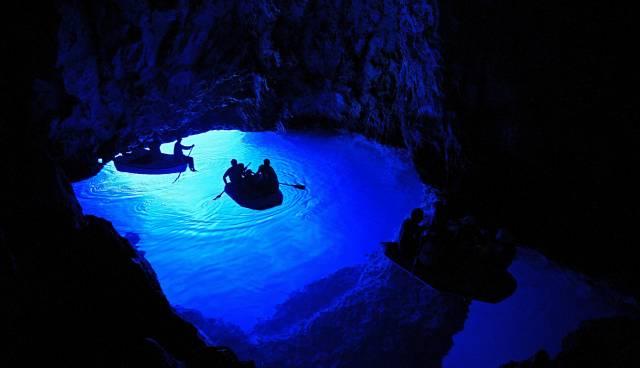 Vis und Blaue Höhle auf unsere Weise