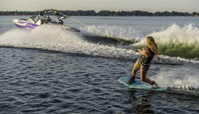 wakeboard2.jpg