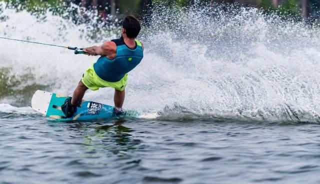 wakeboard4.jpg