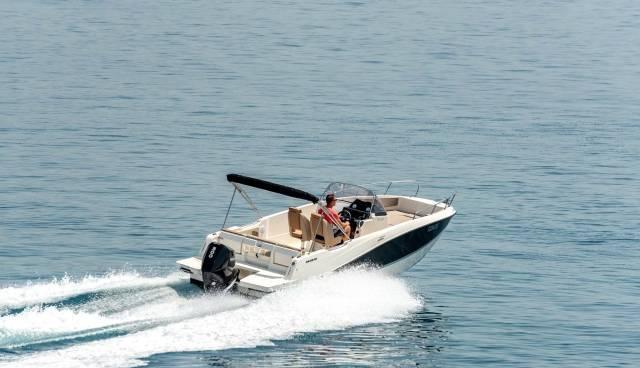 Boat-rent-Split-Trogir-Quicksilver-755-Tamaris-Charter-3.jpg