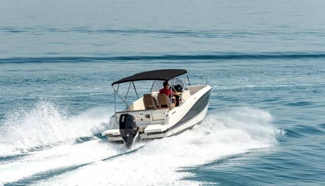 Boat-rent-Split-Trogir-Quicksilver-755-Tamaris-Charter-5.jpg