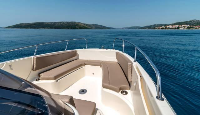 Boat-rent-Split-Trogir-Quicksilver-755-Tamaris-Charter-8.jpg